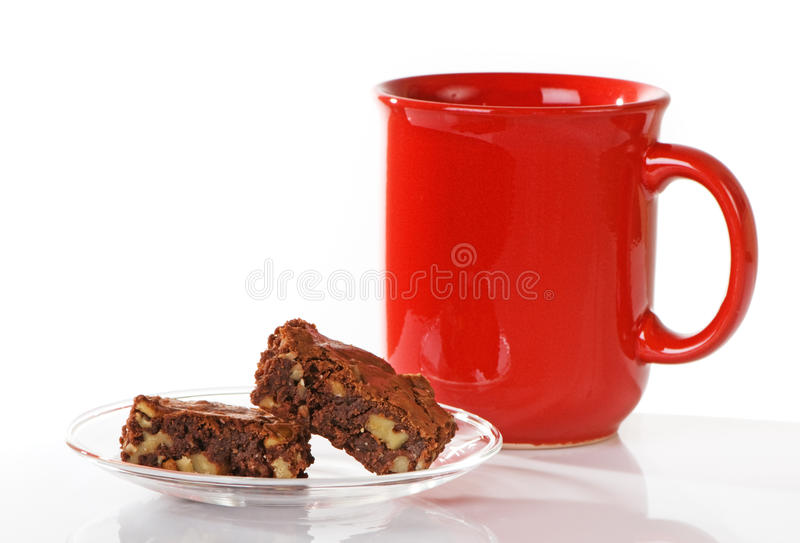 Brownies do chocolate com café imagens de stock royalty free