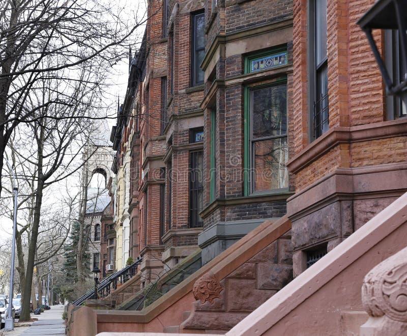 Brownstone Brooklyn, casas de fileira da inclinação do parque foto de stock royalty free