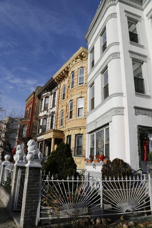 Brownstones de New York City na vizinhança de Bedford Stuyvesant em Brooklyn foto de stock royalty free