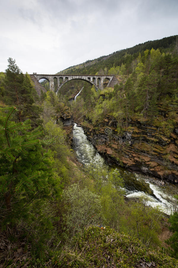 Bru di Kylling del ponte di Kylling - ponte ferroviario in Rauma Municipa fotografia stock
