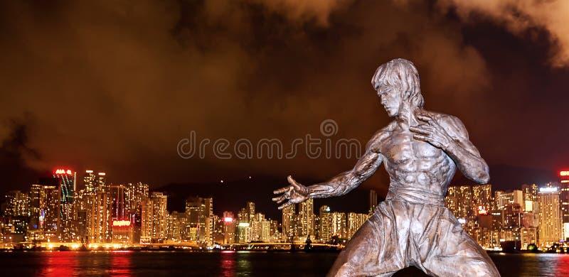 Bruce Lee et nuit du HK images stock