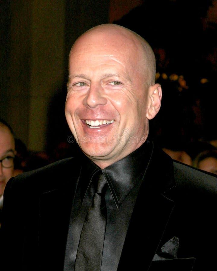 Download Bruce Willis redaktionelles stockfoto. Bild von hotel - 26358208