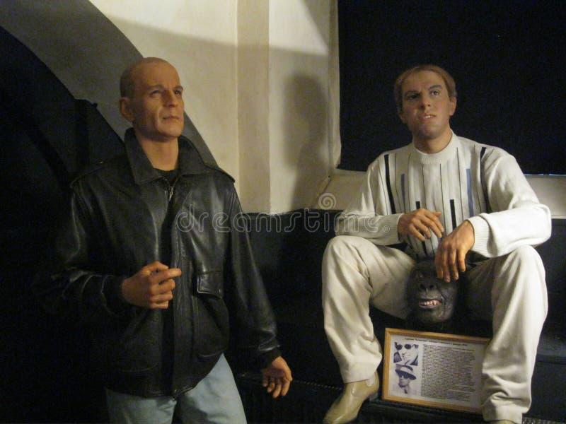 Bruce Willis y Adriano Celentano al museo de la cera imágenes de archivo libres de regalías