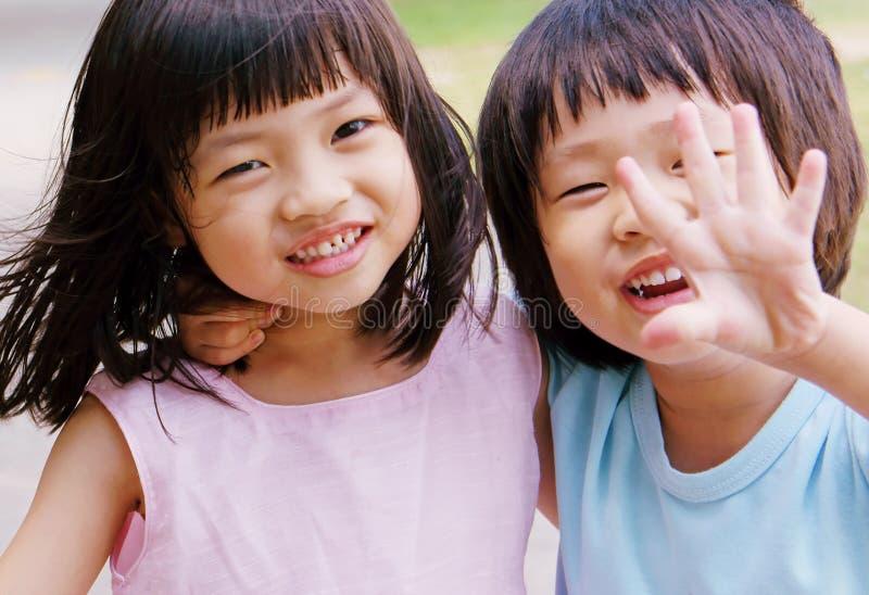 Bruder und Schwester lizenzfreies stockfoto