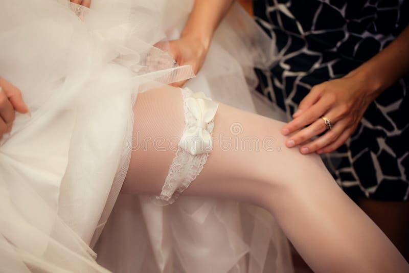 brudgarteren sätter royaltyfri fotografi