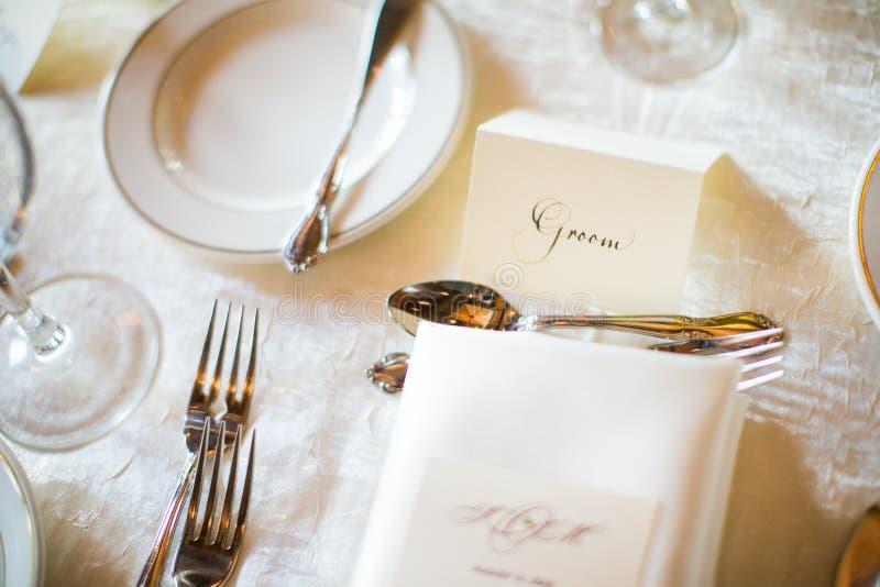 Brudgumställekort för bröllopmottagande royaltyfria foton