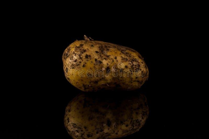 Download Brudna Grula Odizolowywająca Na Czarnym Tle Obraz Stock - Obraz złożonej z świeży, nikt: 106917797