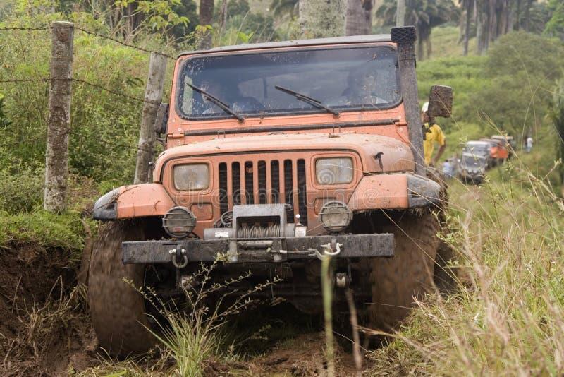 brudny jeep konkurencji fotografia stock