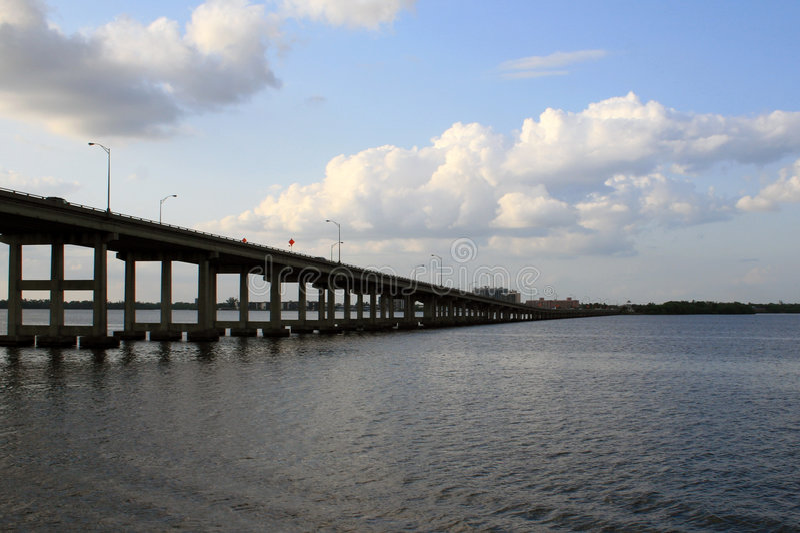 Brug in Fort Myers, FL royalty-vrije stock foto's