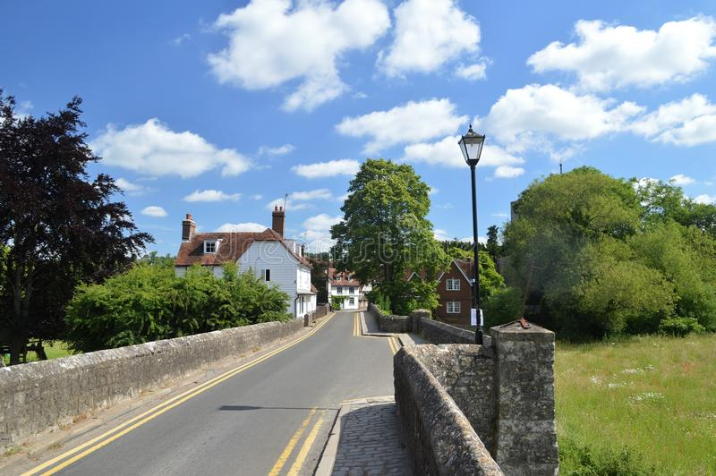 Brug over de Rivier Beult in Yalding Kent het UK royalty-vrije stock afbeelding