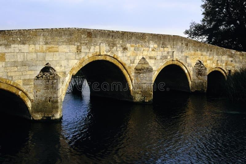 Brug over de rivier nene royalty-vrije stock foto's