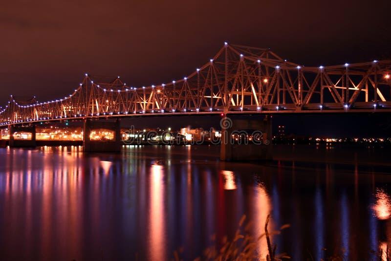 Brug over de rivier van Illinois stock foto's