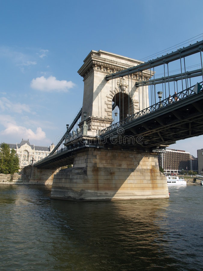 Brug over Donau stock foto