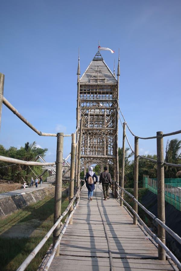 Brug van bamboe wordt gemaakt dat royalty-vrije stock fotografie