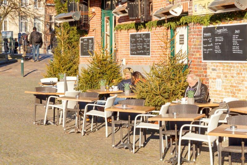 Download Bruges zdjęcie editorial. Obraz złożonej z balkon, średniowieczny - 53778051