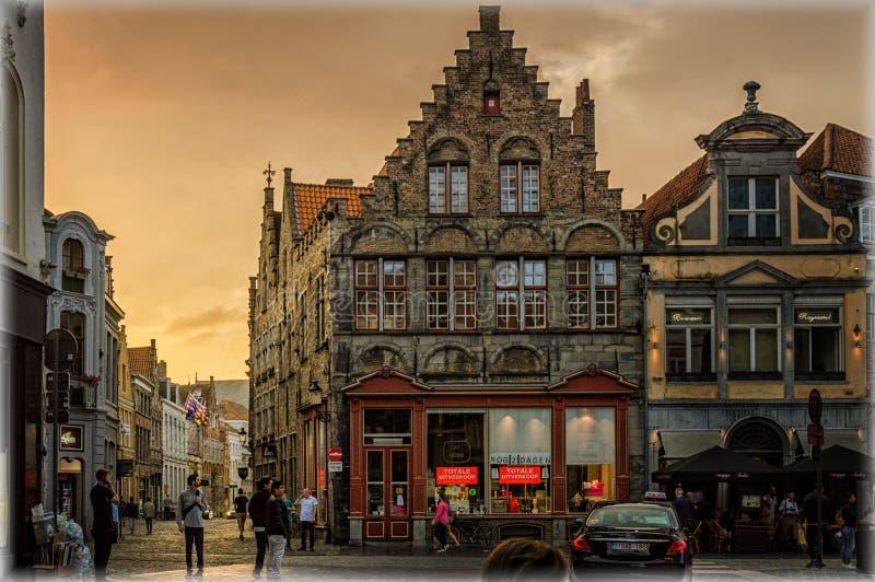 Bruges i aftonen royaltyfri bild
