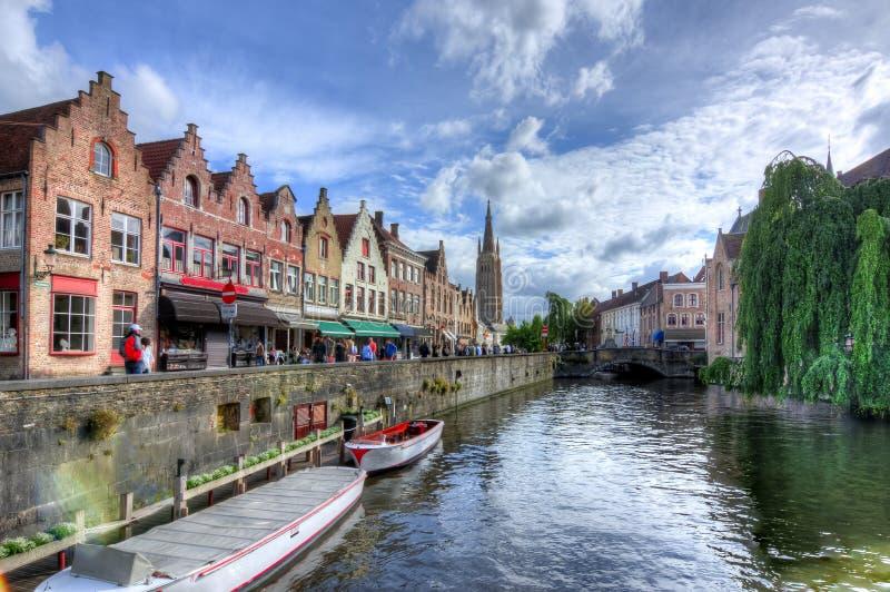 Bruges kanaler, Belgien arkivfoto