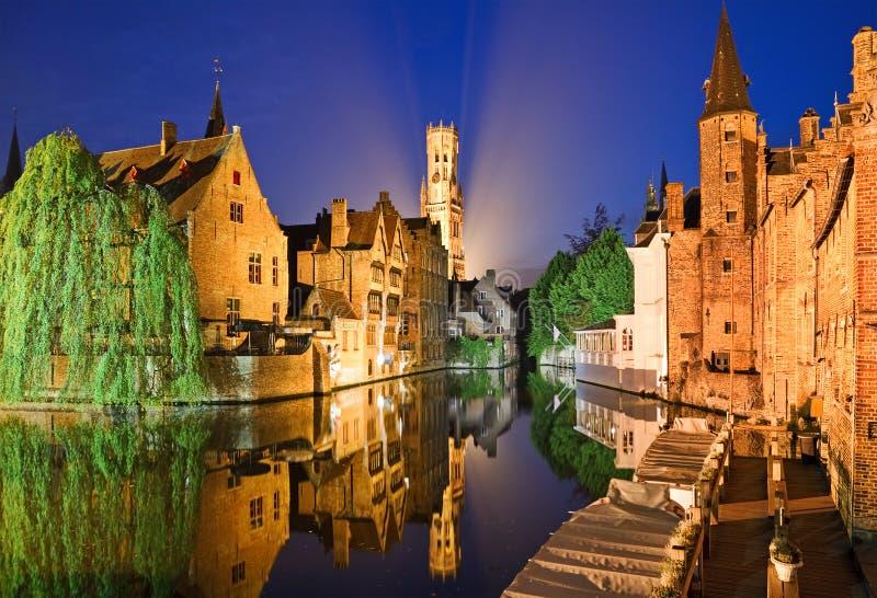 Bruges na noite fotografia de stock royalty free