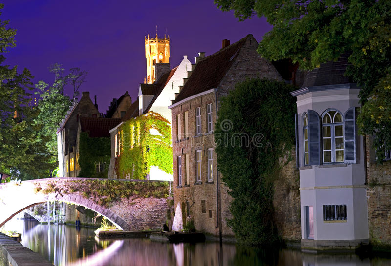 Bruges na noite fotos de stock royalty free