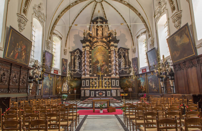 Bruges - skepp av St Ann den gotiska kyrkan (Sint Annakerk) royaltyfria bilder