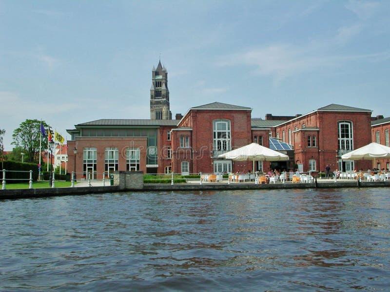 Bruges - uma vista do canal fotografia de stock royalty free