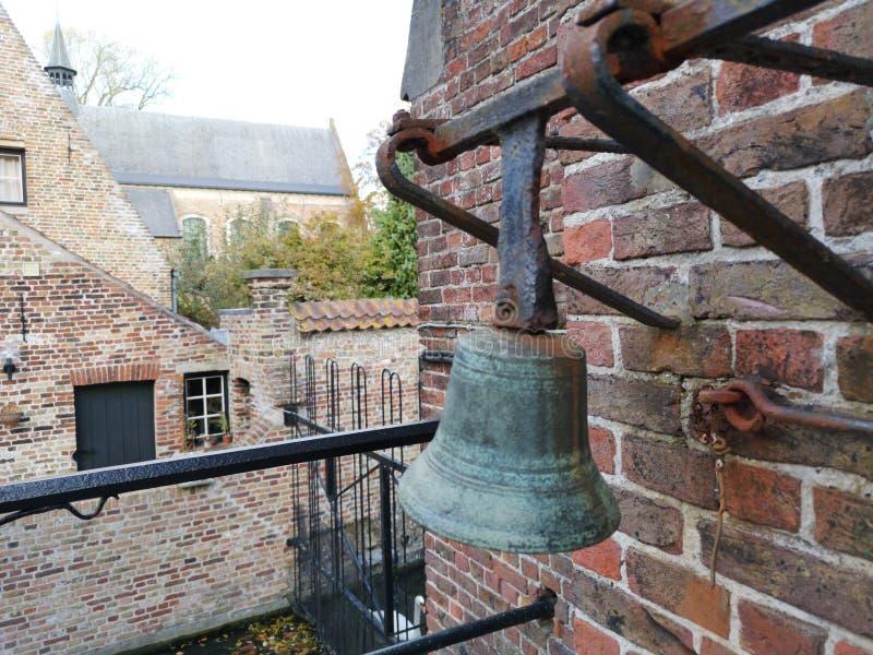 Brugge, Brugge, België Brugge, België Middeleeuwse klok stock fotografie
