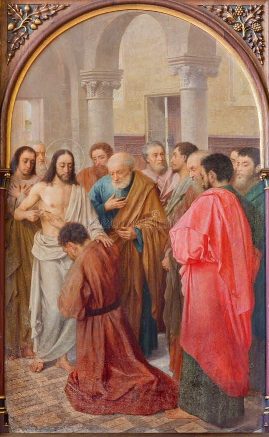 BRUGGE BELGIEN - JUNI 13, 2014: Jesus och misstrogenhet av Thomas (19 cent ) i St Giles arkivfoto