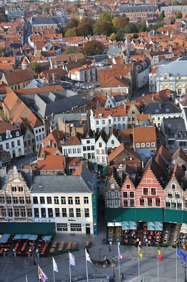 Download Brugge, Grote Markt Ptaków Oka Widok - Zdjęcie Stock - Obraz złożonej z domy, stary: 28956374