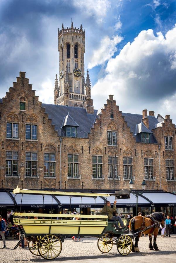 Brugge medeltida historisk stad Brugge gator och historisk mitt, kanaler och byggnader _ royaltyfri fotografi
