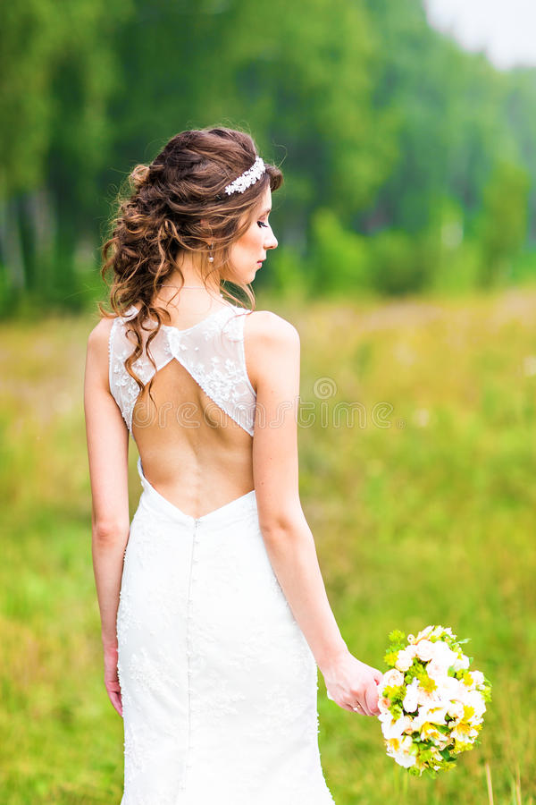 Bruid op het gebied stock foto's