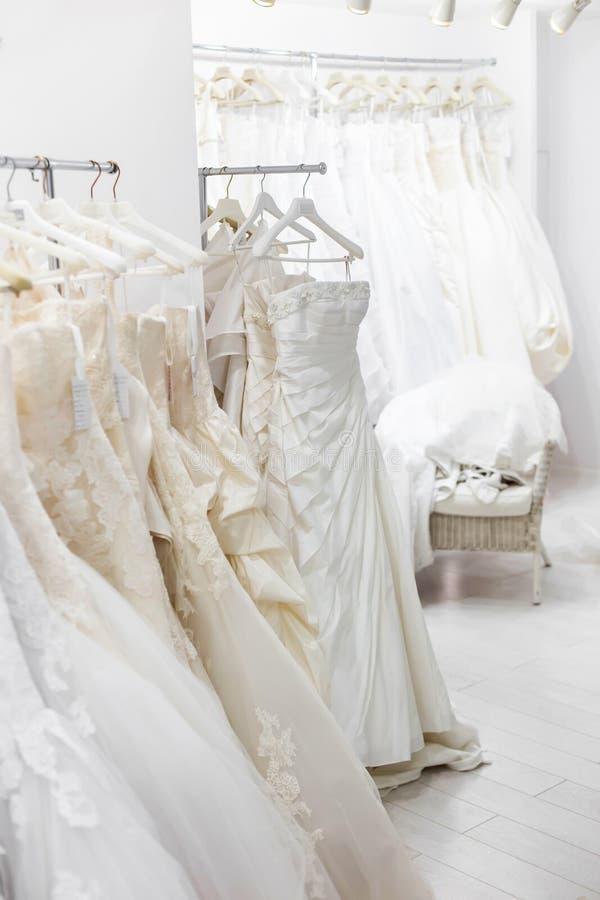 Download Bruids opslag stock afbeelding. Afbeelding bestaande uit elegantie - 54092307