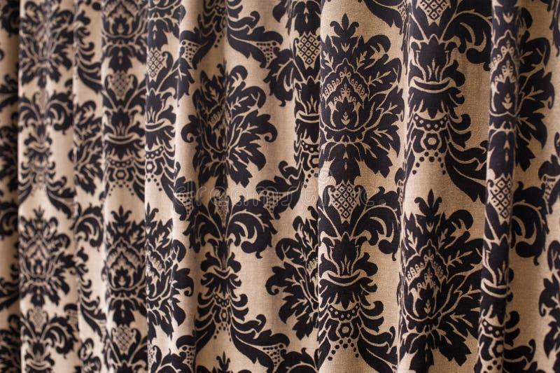 Bruin Gordijn Met Een Achtergrond Van De Patroon Textieltextuur ...