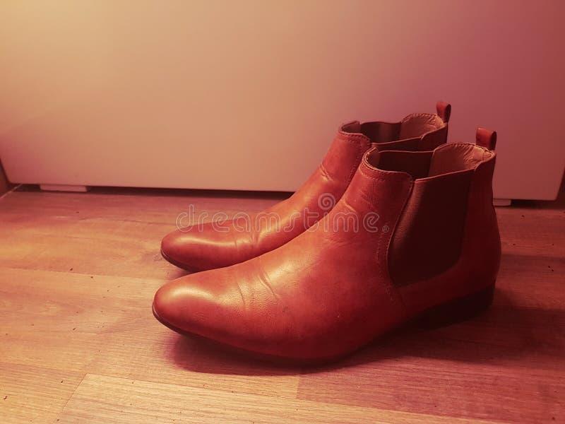 Bruin Leer Chelsea Boots voor Mensen royalty-vrije stock afbeeldingen