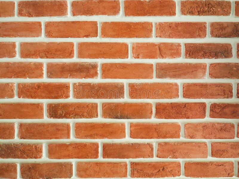Bruine bakstenen muur met witte scherpe lijnen royalty-vrije stock foto's