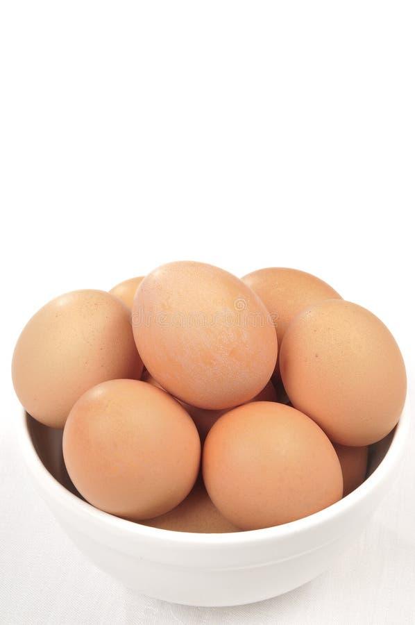 Bruine Eieren in een kom royalty-vrije stock foto's