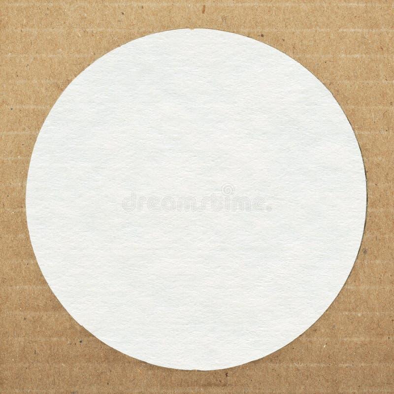 Bruine gestreepte kartondocument textuur met exemplaarruimte stock foto