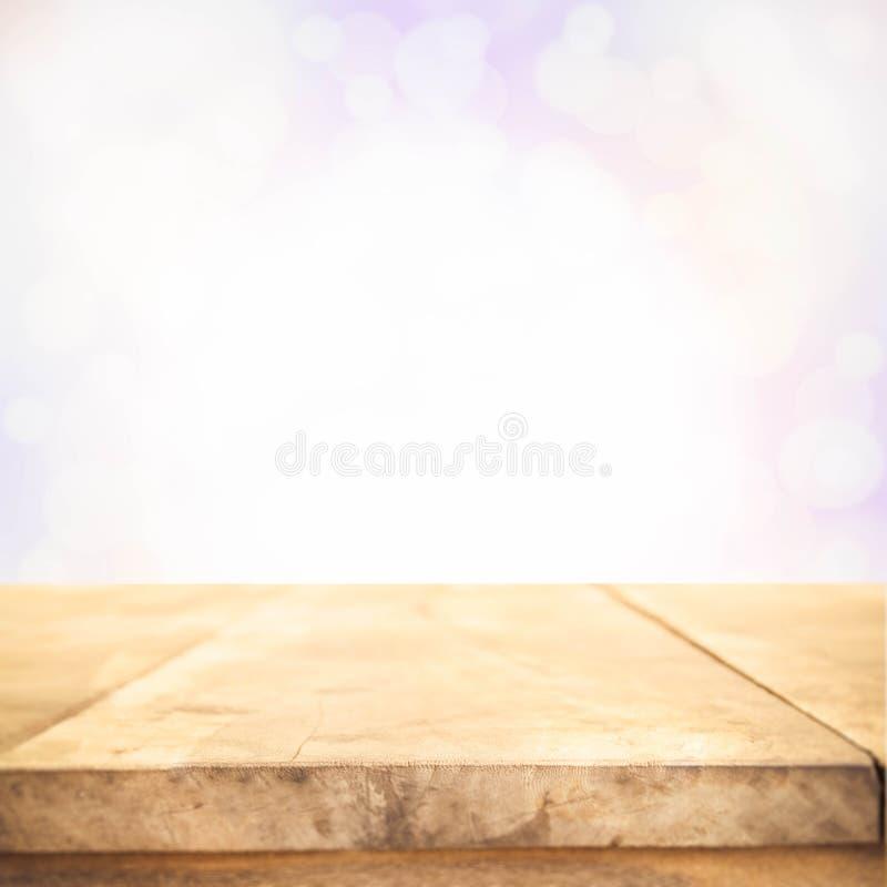 Bruine Houten lijstbovenkant met uitstekende kleuren bokeh abstracte backgrou royalty-vrije stock foto's