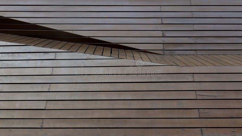 Bruine houten paneellijn als achtergrond en behang stock foto