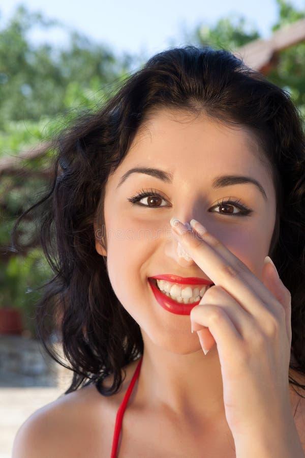 Bruine kleur op haar neus stock afbeelding