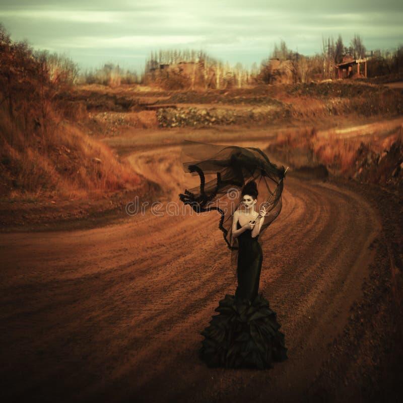 Bruja. Moda negra imágenes de archivo libres de regalías