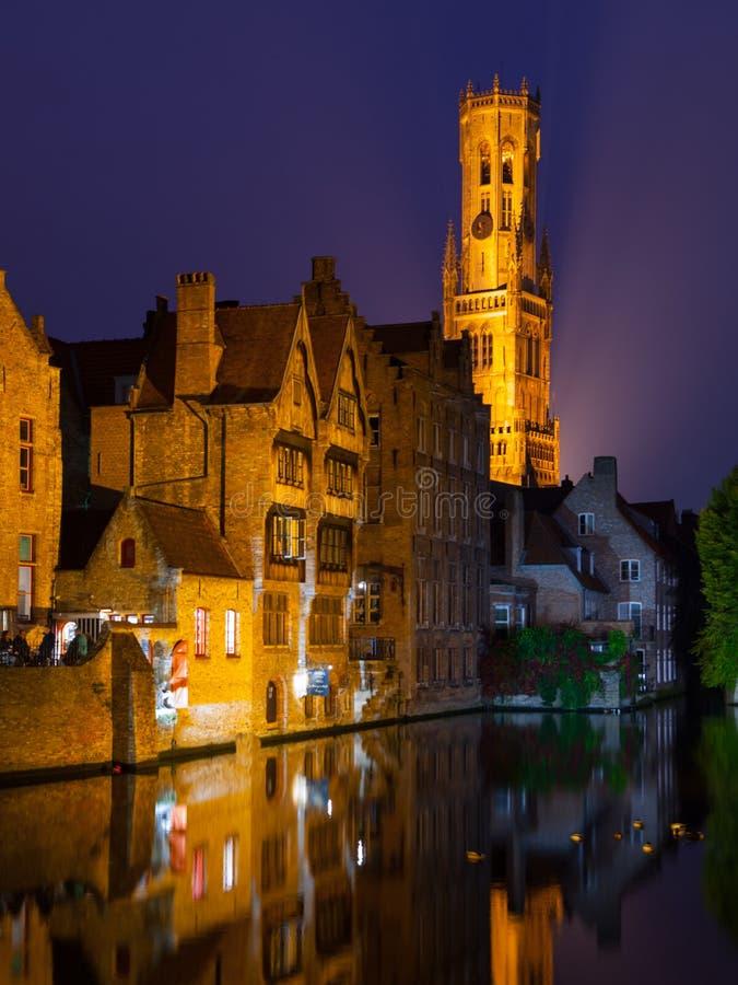 Brujas en la noche fotografía de archivo