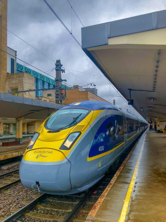 Bruksela Belgia, Październik, - 30, 2018: E320 Eurostar prędkości pasażerów Międzynarodowy Wysoki pociąg w Brukselskiej Północnej zdjęcie stock