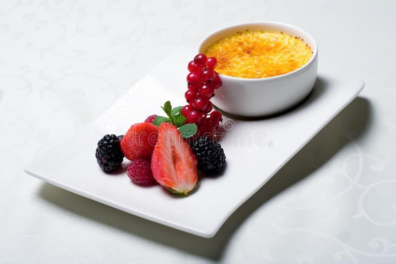 Brulee room - heerlijk dessert royalty-vrije stock foto's