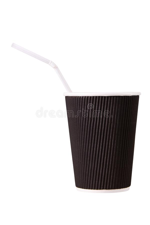 Brun pappers- kaffekopp med sugrör som isoleras på vit bakgrund fotografering för bildbyråer
