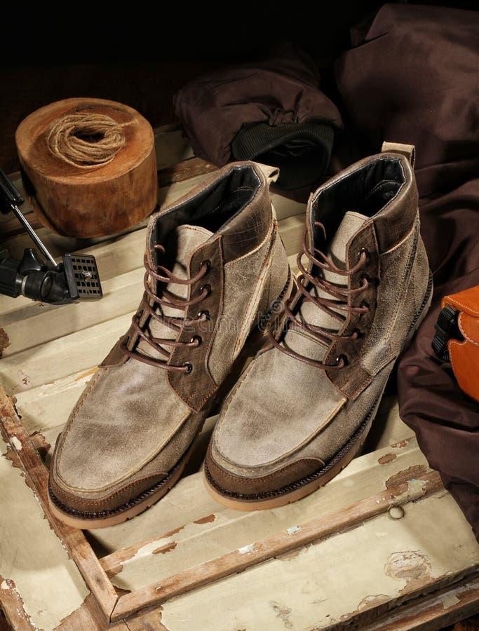 bruna skor royaltyfria bilder