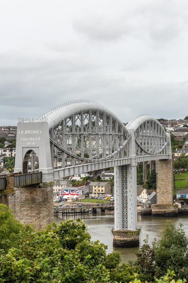 Brunels Koninklijk Albert Bridge over de rivier Tamar op de Devon en Cornwall grens stock afbeeldingen