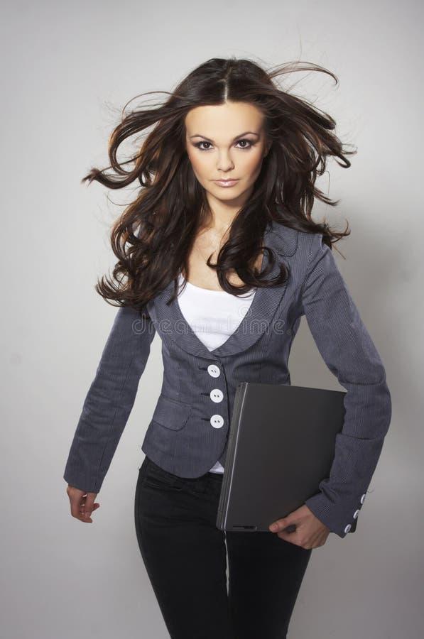 brunet επιχειρησιακή γυναίκα στοκ φωτογραφία με δικαίωμα ελεύθερης χρήσης