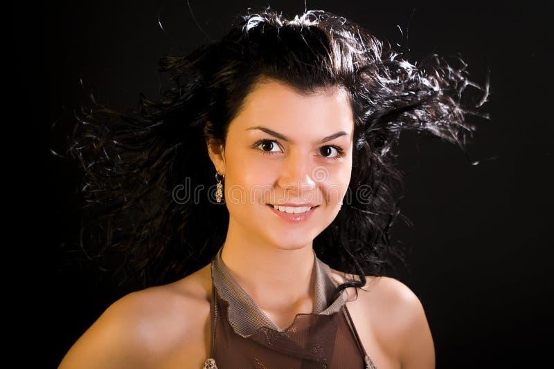 brunetka atrakcyjni włosy tęsk kobiet potomstwa zdjęcia royalty free