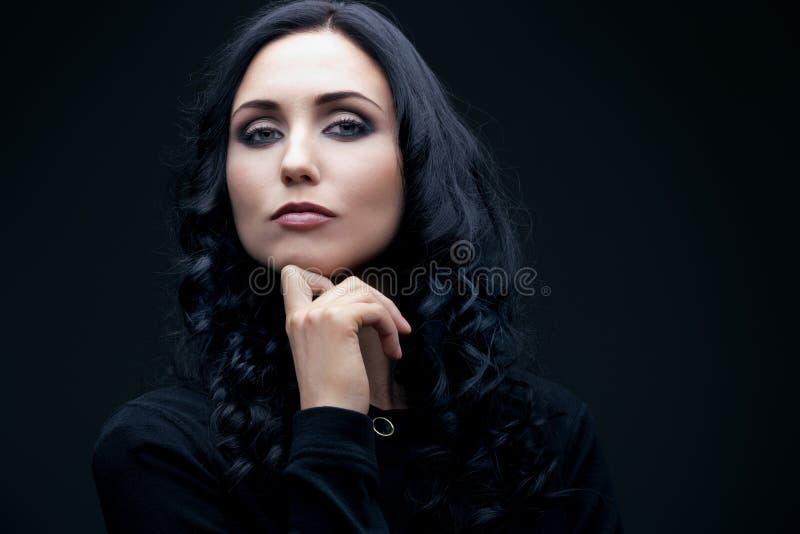 brunetka ufna fotografia stock