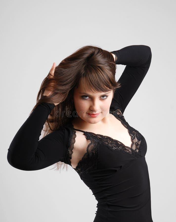 Brunetka w czerni zdjęcie stock
